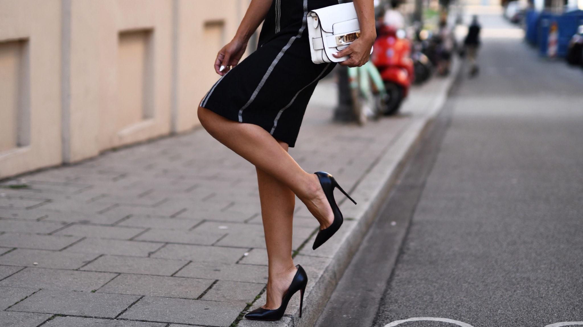 Das Geheimnis für sexy Beine by AIRFIELD