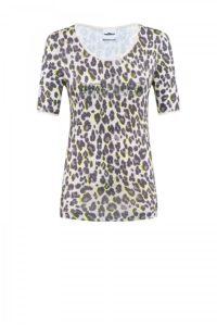 Tailliertes Shirt mit Leoprint um € 149,90