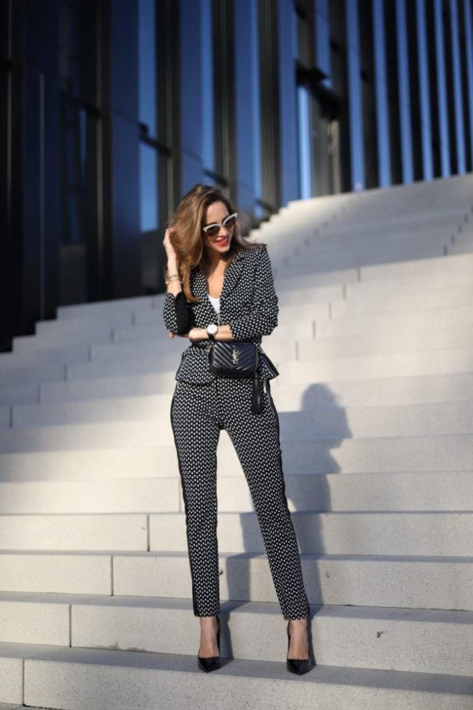 Alexandra Lapp in AIRFIELD Fashion