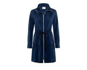 Taillierter, blauer Mantel um € 399,–