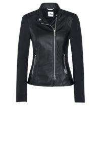 Party-Look: Biker-Jacke in Leder-Optik um € 399,–